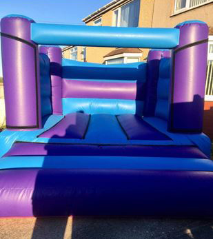 Picture of H frame bouncy castle #worksopbouncycastlehire